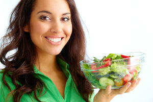 woman-with-salad-vegetarian