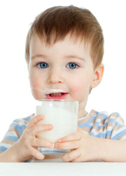 boy-drinking-milk