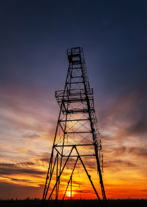 fracking-oil-tower