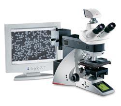 lba_microscope_with_monitor