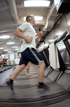 man_running_on_treadmill