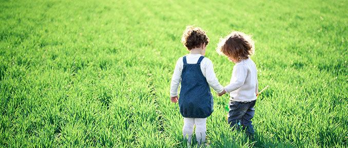 kids-in-field-autism-epigenetics-678x289