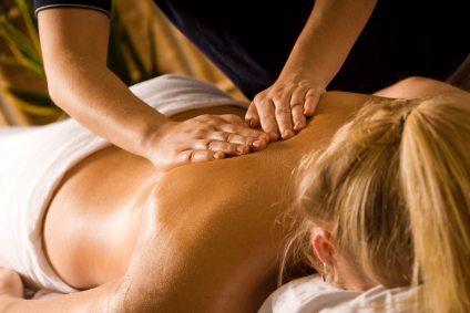 magnesium-oil-massage