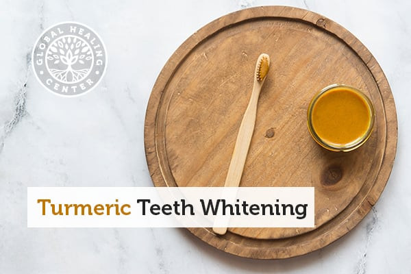 turmeric-teeth-whitening