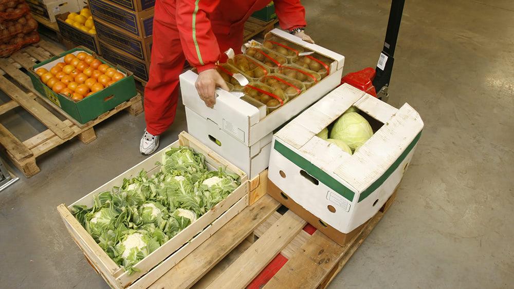 Coronavirus-Food-Produce-Warehouse