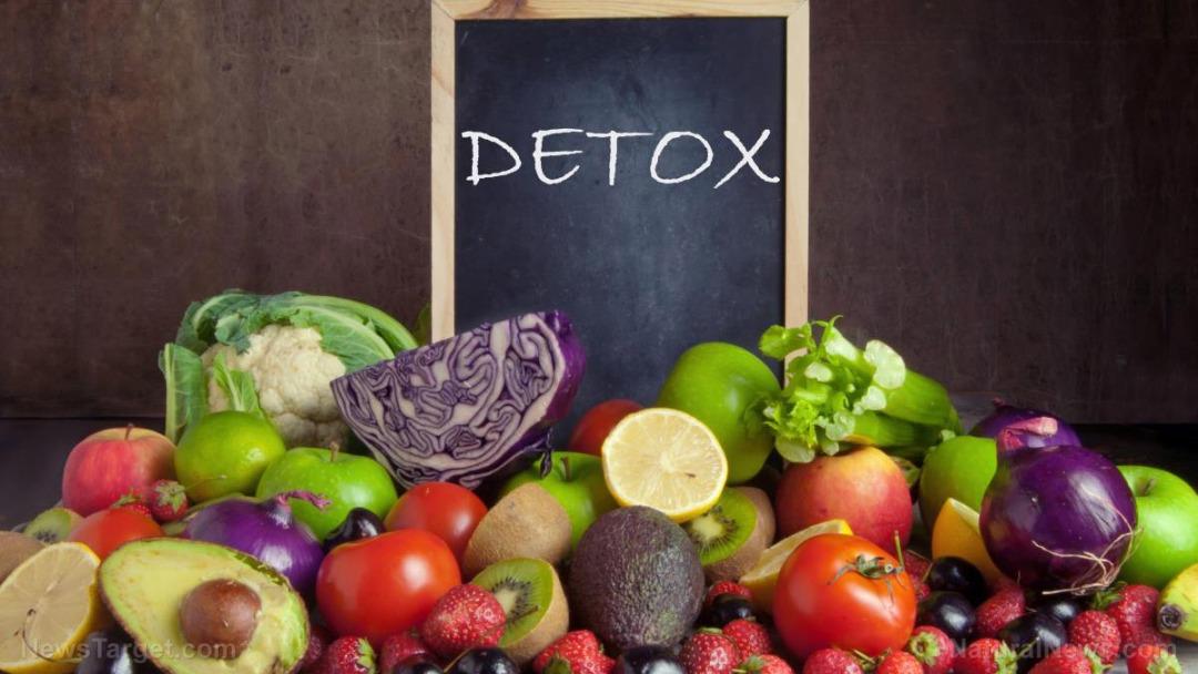 Vegetable-Fruit-Detox-Chalk-Board