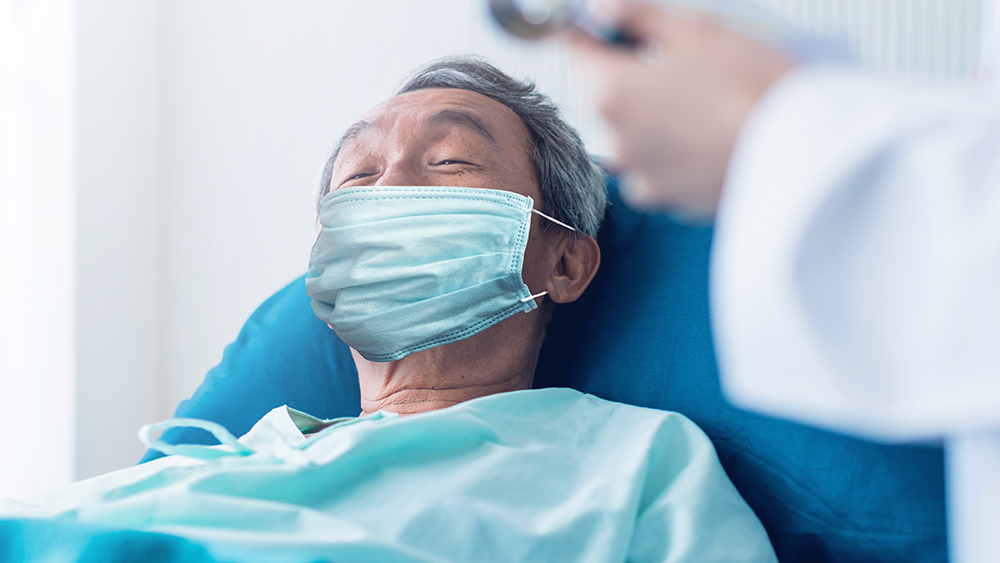 Coronavirus-Senior-Man-Mask-Sick