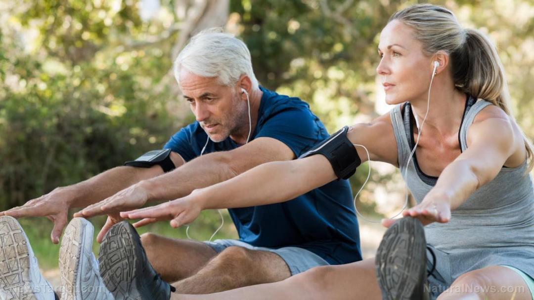 Exercise-Senior-Jogging-Athletic-Mature-Music-Active