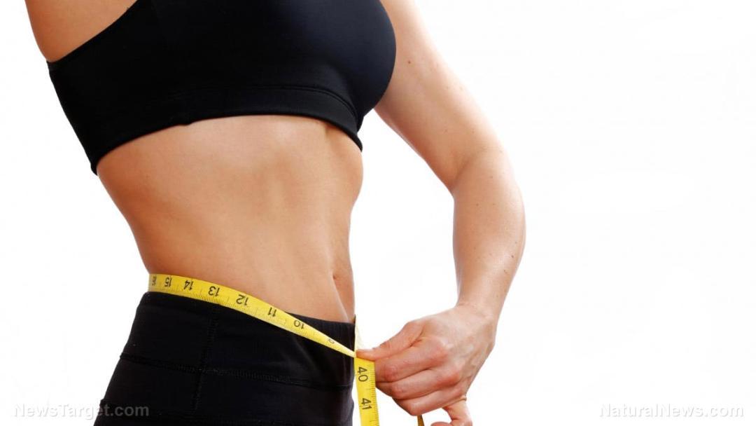 Woman-Measure-Waist-Weight-Loss