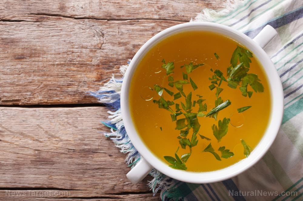 Broth-Soup-Chicken-Stock-Top-View-Bouillon