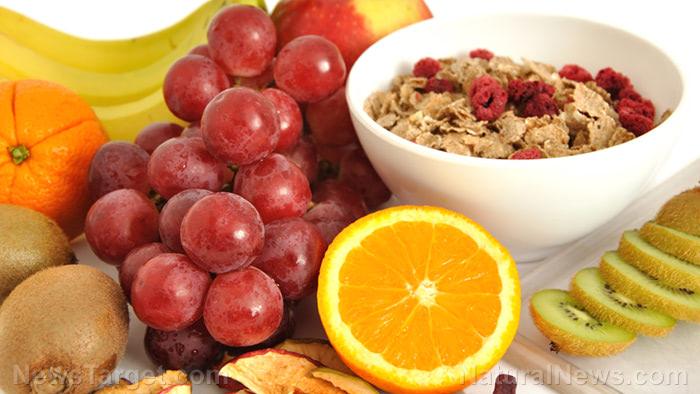 Fruits-Grains-Oatmeal-Healthy-Nutrition-Diet