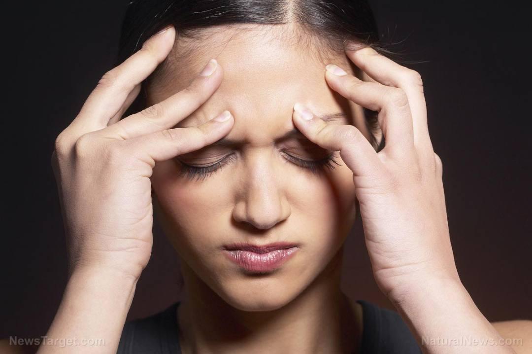Migraine-Headache-Woman-Pain