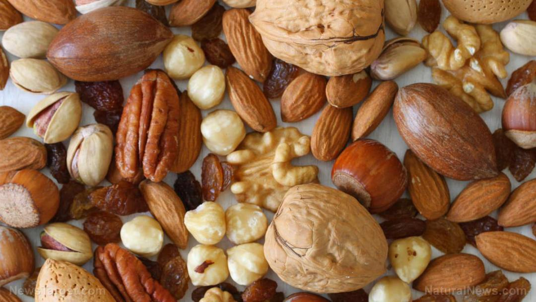 Mixed-Nuts-Food-Walnuts-Almonds