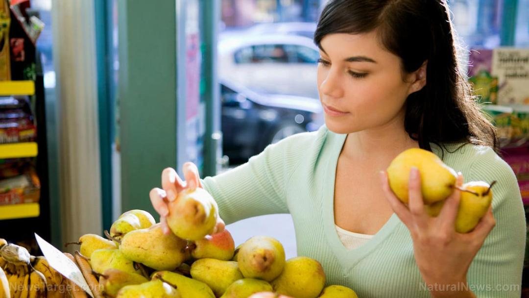 Woman-Buying-Pears