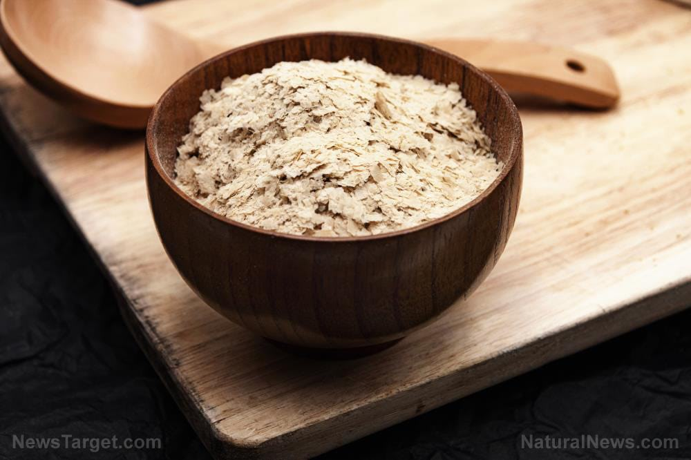 Yeast-Flakes-Beer-Carbohydrates-Cholesterol-Fiber-Healthy