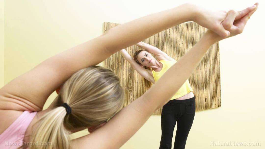 Yoga-Stretch-Class-Pose