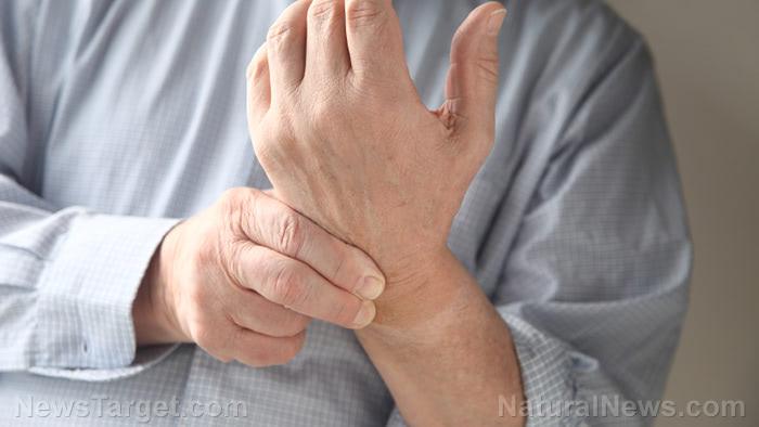 Rosehip Supplement Eases Arthritis Pain Better than Painkiller Meds