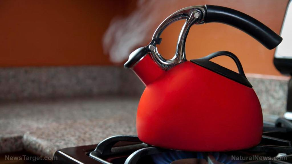 Scalded by boiling water? Here are some treatments and home remedies that may help