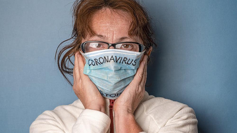 "Celebrity dermatologist warns of ""maskitis"" rash caused by wearing masks"