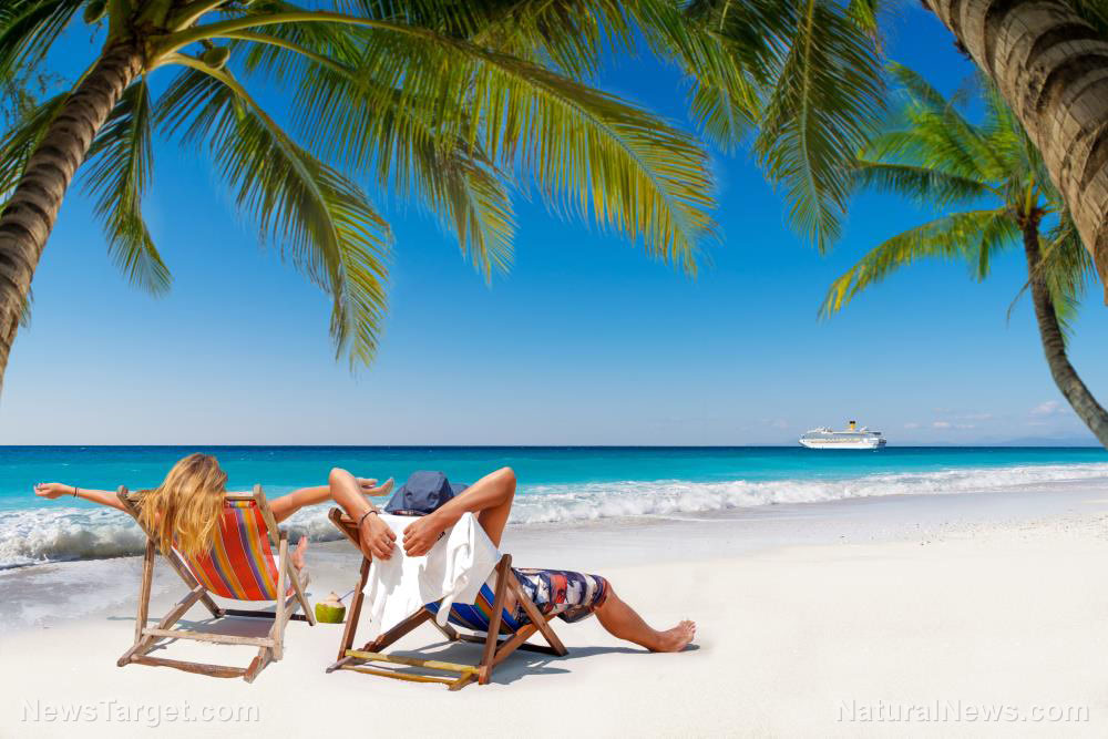 No coronavirus outbreaks linked to crowded beaches, says infectious disease expert