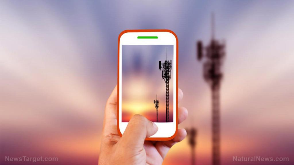 Rampant mobile phone use causing brain tumors to skyrocket… while corporate-run media remains in denial