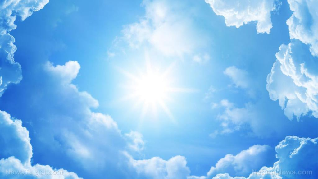 """Stay cool without electricity: New """"radiative sky cooling"""" system may prove useful for preppers"""