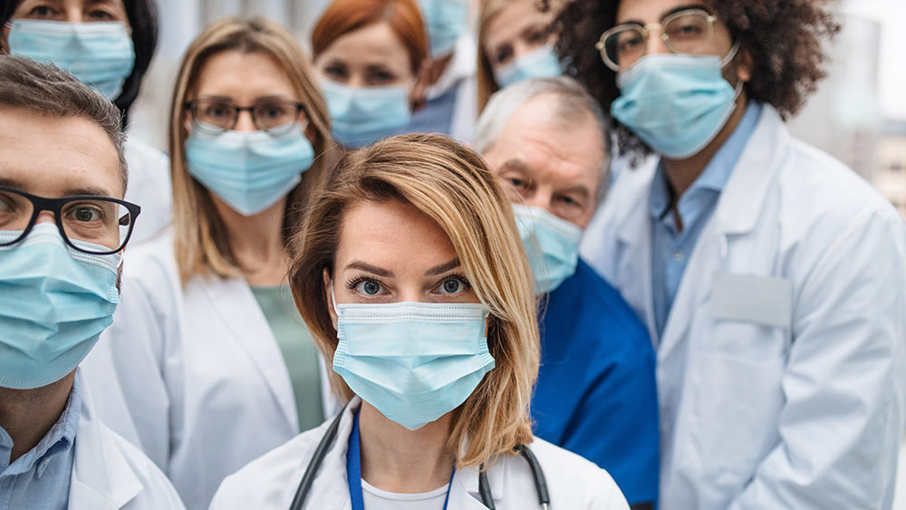 Nurses' union wants CDC to force Americans to wear face masks