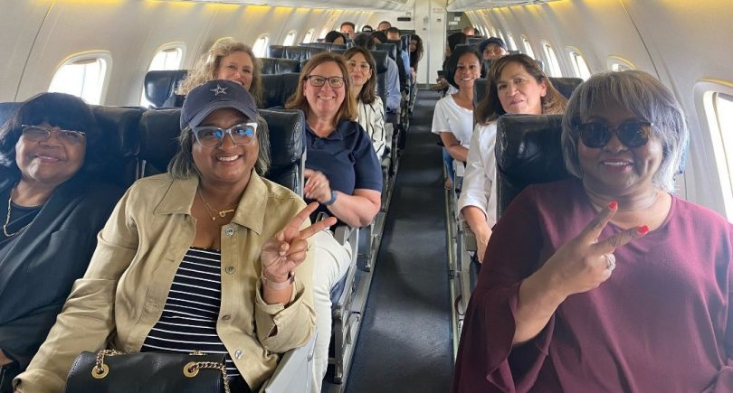 passenger wear no mask in airplaine
