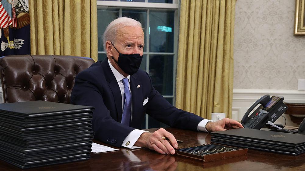 TREASON: Biden declares WAR on America, threatens to remove governors who resist covid vaccine mandates