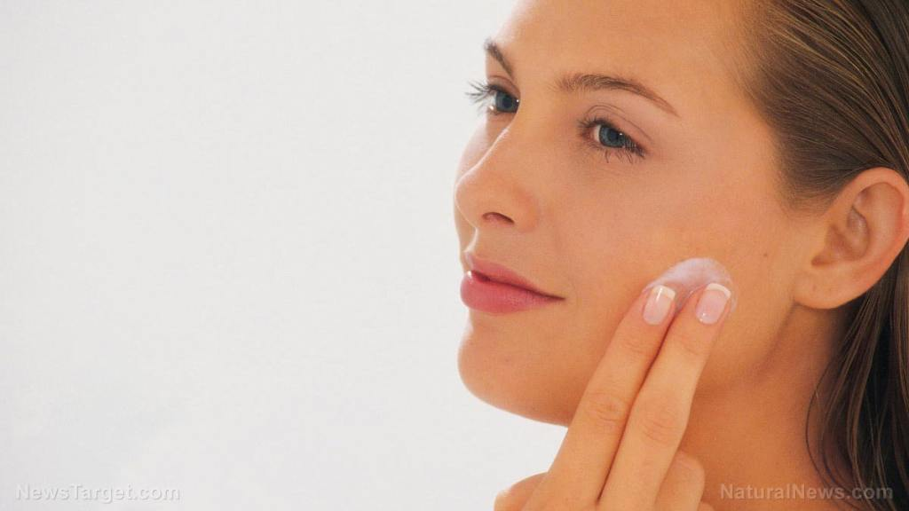 Exfoliate and moisturize: 6 Natural and effective remedies for dry skin on your face