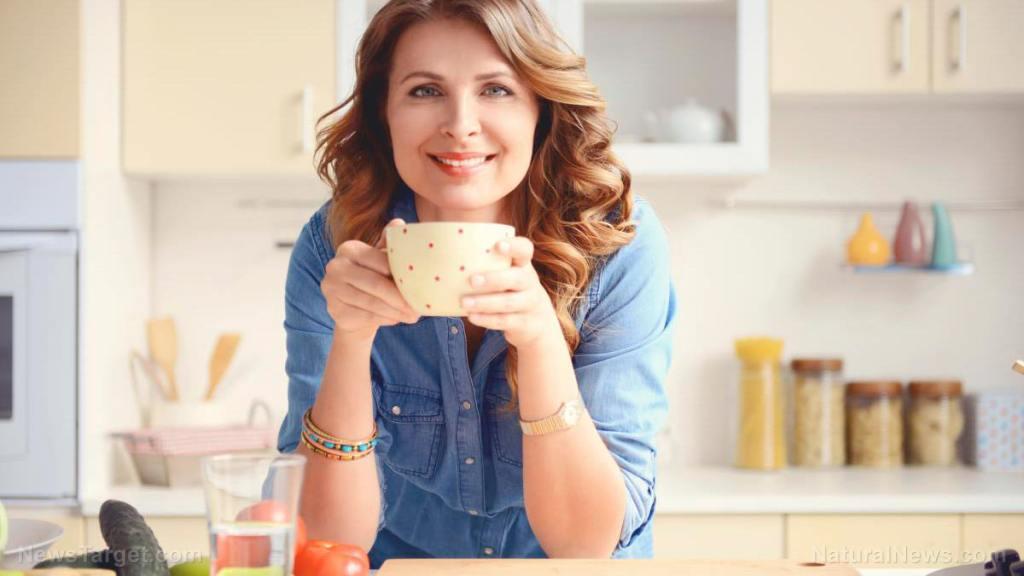 The 12 health benefits of osmanthus tea, a caffeine-free beverage