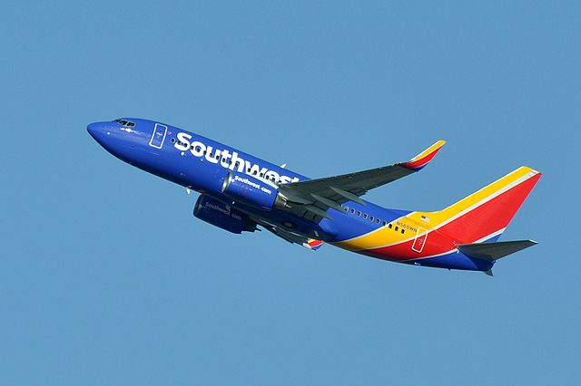 Southwest Airlines backs down from vaccine mandate after massive protests